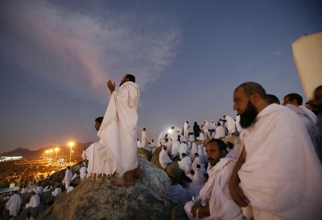 https://i1.wp.com/www.go-makkah.com/upload/images/news/go-makkah-hajj-oumra-h31koo-go-makkah-hajj-oumra-097hxq-hajj-2010jpgjpg.jpg