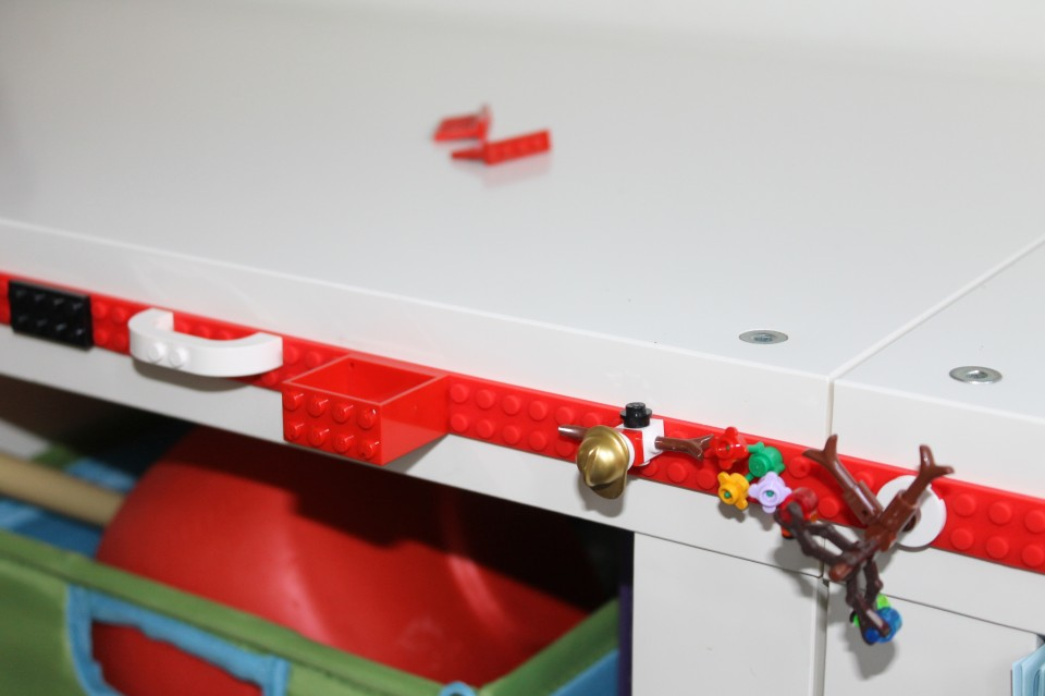 Heb jij al LEGO tape of bouwblokjes tape in huis?