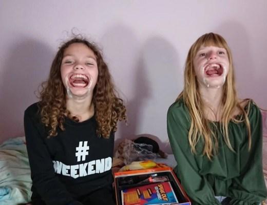 Een spelletje lachen was Speak Out: Kids tegen ouders!
