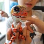 { Review } | Fingerlings Untamed Baby Raptor