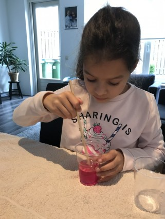 gekleurd water maken