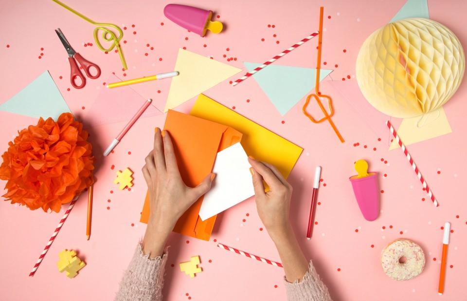 huisstijl blog envelop Kleine cadeautjes sturen in een envelop