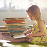 11 tips: hoe laat ik mijn kind lezen tijdens de zomervakantie?
