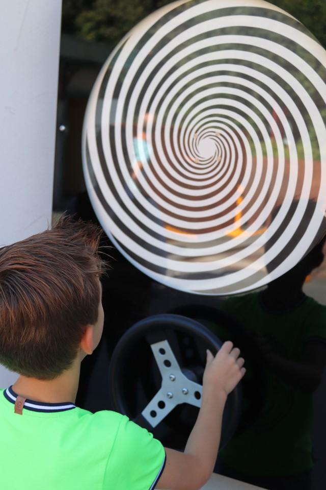 { Dagje uit } | Mind Mistery - een park vol optische illusies!