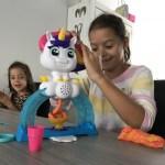 { Review } | Play-Doh Drollendraaiende ijseenhoorn