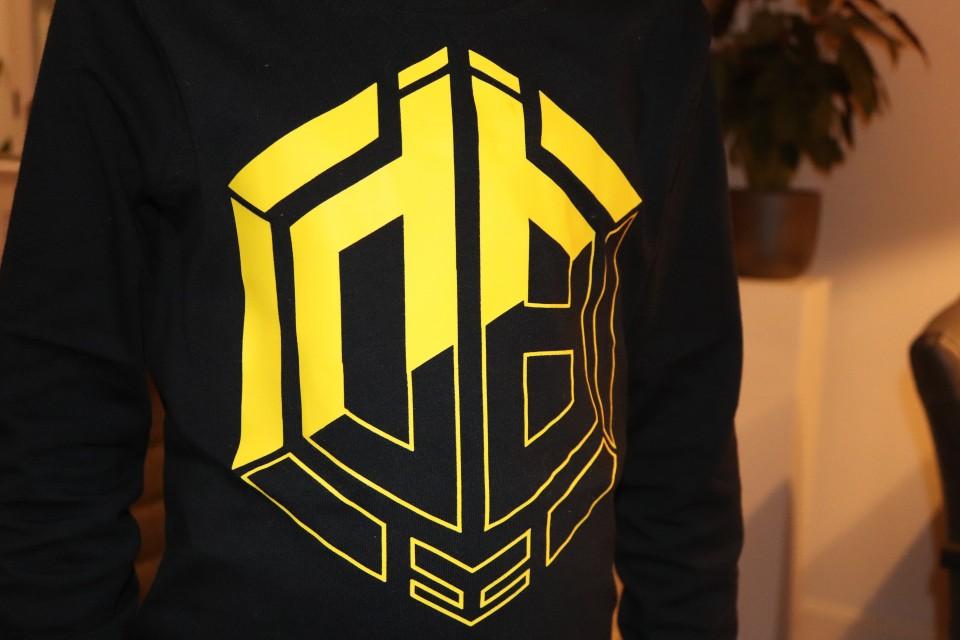 Vingino Daley Blind sweater Daley Blind met logo zwartgeel