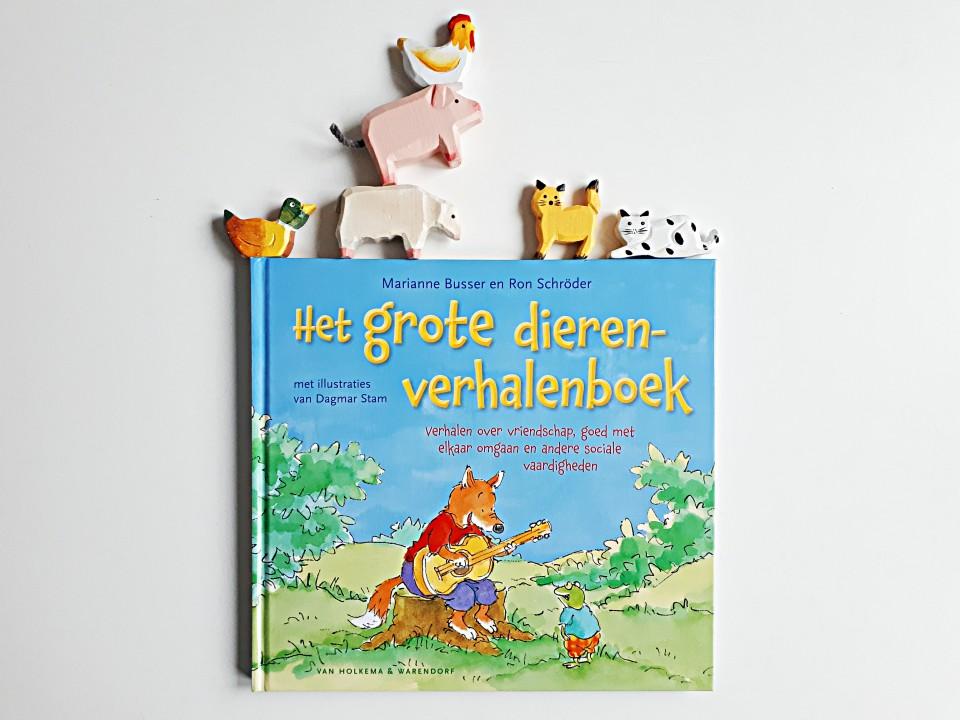 Het grote dierenverhalenboek - Over omgaan met elkaar