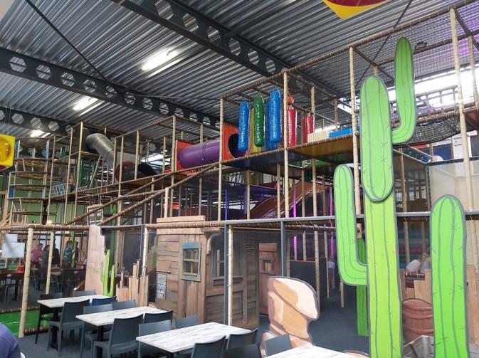 Het leukste feestje vier je bij Monkey Town Delft!