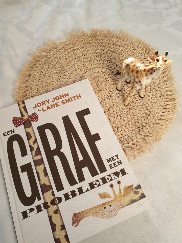 { Boek recensie } | De Giraf met een probleem