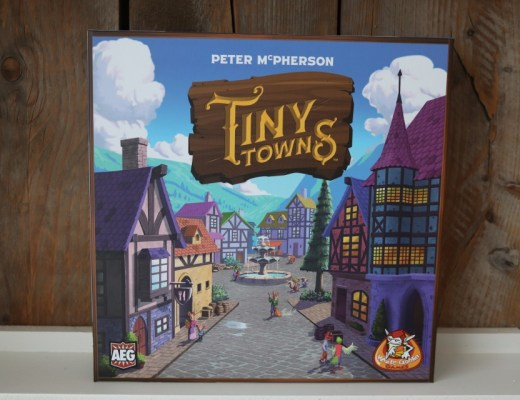 review tiny towns white goblin