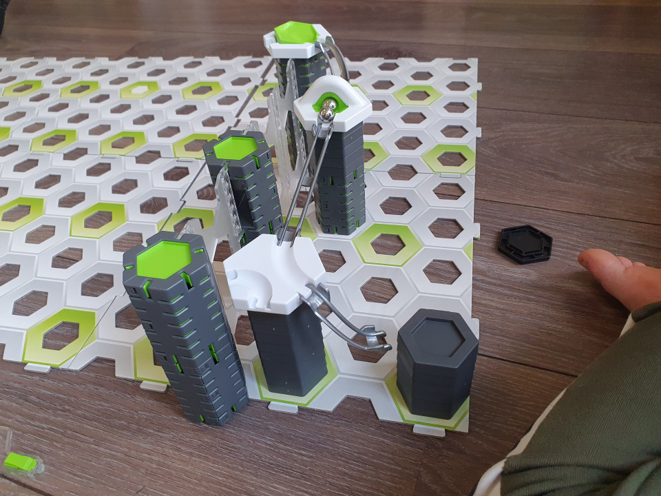 knikkerbaan hoogte bouwen
