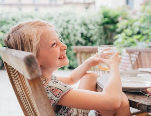 In dit overzicht vind je een top 5 van meest kindvriendelijke terrassen in Zuid-Holland. Een terras dat fijn is voor kinderen, dat willen we!