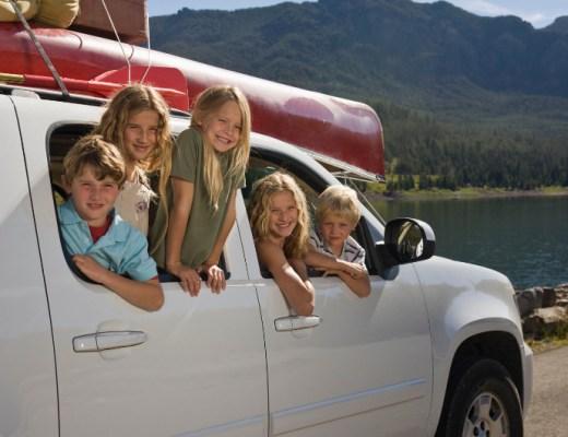Overweeg je om een nieuwe auto aan te schaffen voor het gezin? Overweeg ook eens de stap te maken naar zo'n grote, hoge SUV.