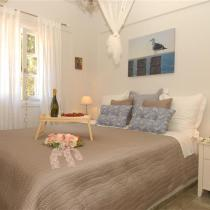 apart 3 dimitris Master Bedroom 2 (Small)