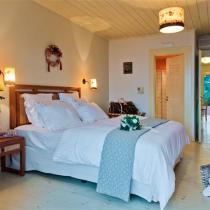 apart 4 dimitris master bedroom 2 (Small)