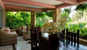 10_veranda_ (Large)