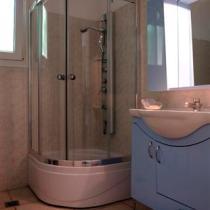 Groundfloor-bathroom (Small)