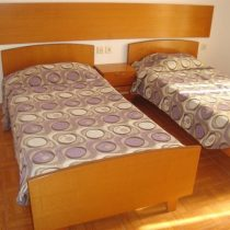 room3 (Large)
