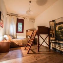 Dioni-bedroom---First-Floor (Custom)