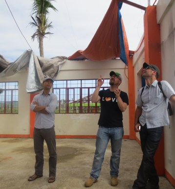 Assessing the Cangumbang Community Center (Jacob far right, Eric middle, Loc - All Hands far left)