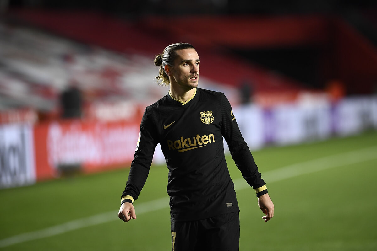 Antoine griezmann (lahir 21 maret 1991) adalah seorang pemain sepak bola prancis yang saat ini bermain. La Liga. Antoine Griezmann zachwycił hiszpańską prasę