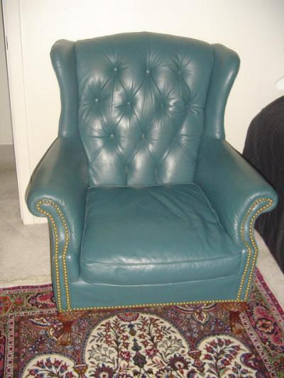 http://www.goantiques.com/wing-chair-883921