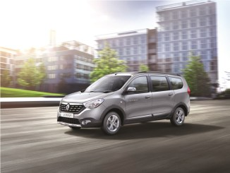 renault-lodgy-stepway-side-view