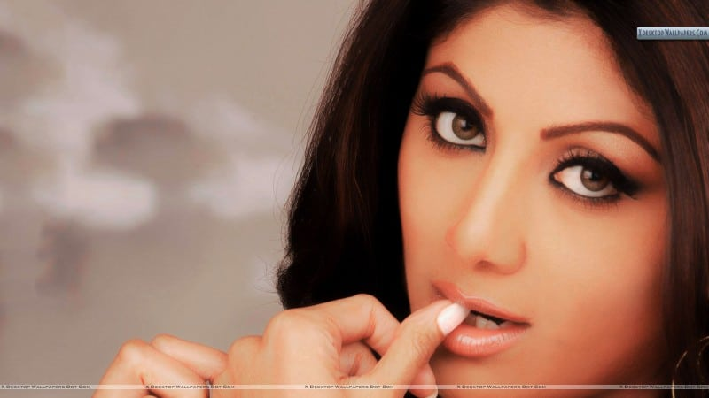 Shilpa-Shetty-Thinking-Something