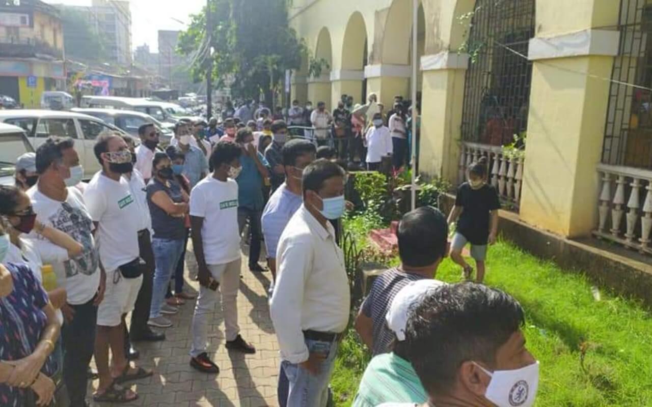 Hundreds Gather Outside MMC