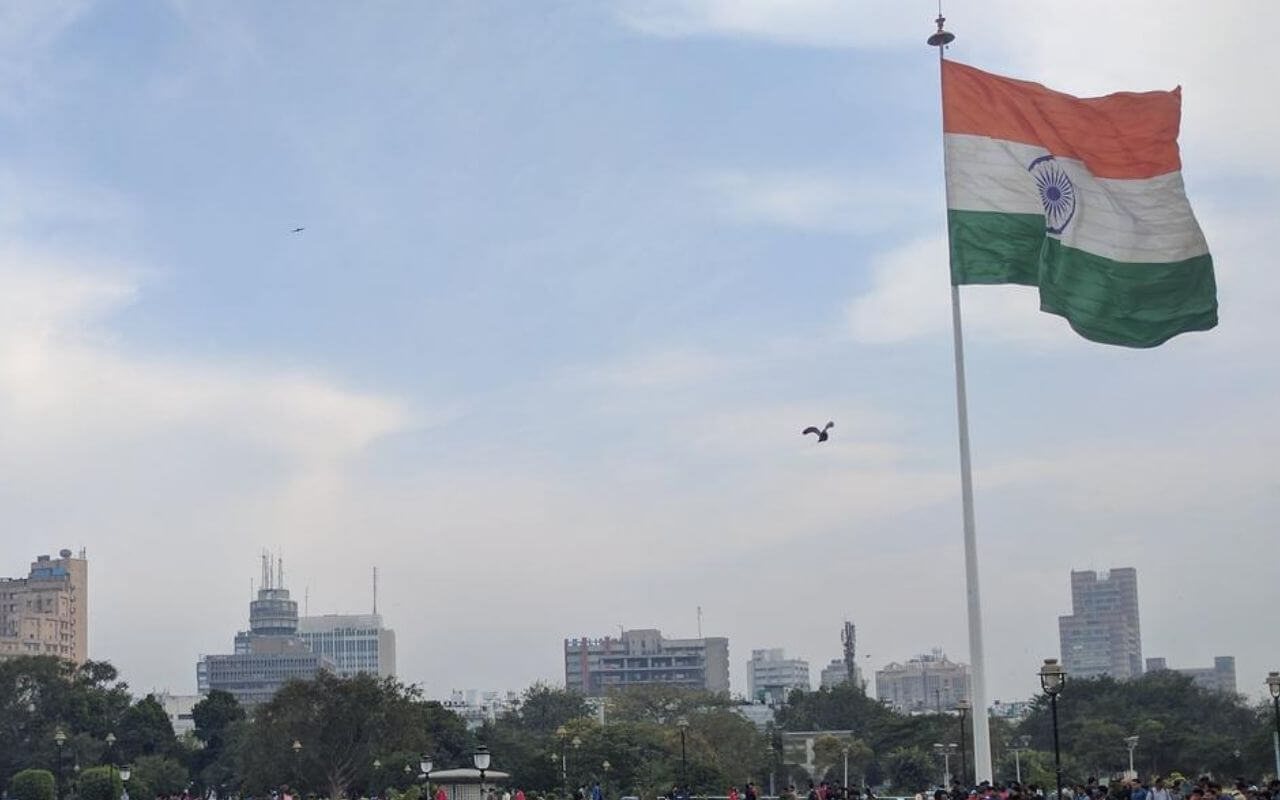 Delhi Government Installing Flags Across State