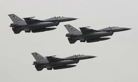 Huh F-16's ??