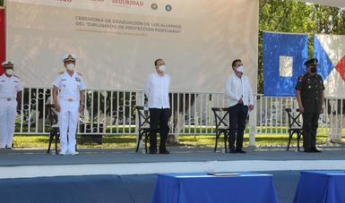 El secretario de Seguridad y Protección Ciudadana, Alfonso Durazo Montaño, encabezó en el Puerto de Lázaro Cárdenas, Michoacán, la ceremonia de graduación.