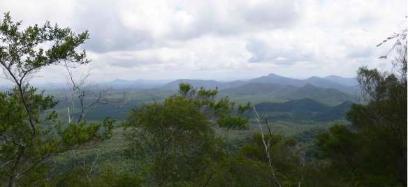 vue-sur-Aik-Nangka-de-Gunung-Kubing
