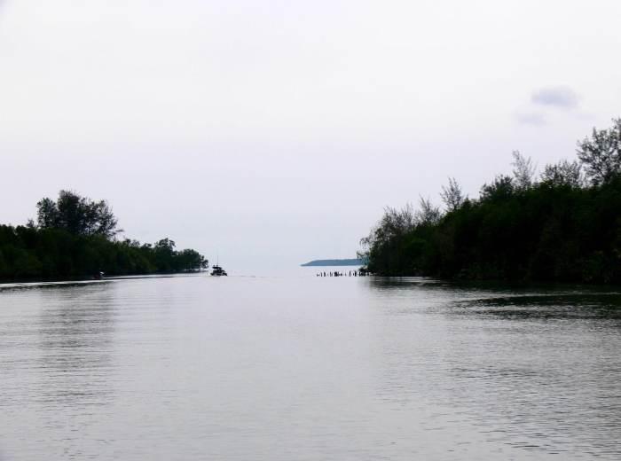 Estuaire riviere de Gantung Belitung Indonésie