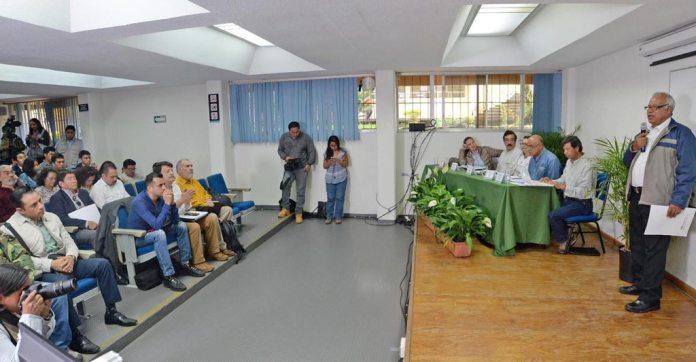 Al evento asistieron más de 172 personas y fue seguido de forma virtual mediante el sistema de videoconferencias y Tele UV