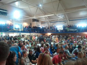 Leadville 100 pre-race meeting in the 6th St gym. Standing room only. 29 years of tradition.