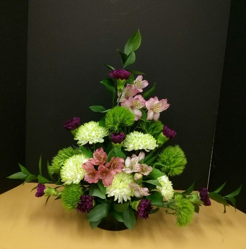 Floral Design 2 - Asymmetrical Triangular Mass Design