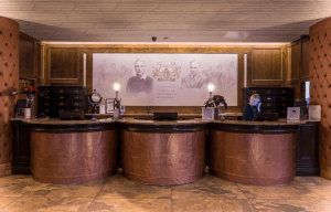 6-shankly-hotel-reception