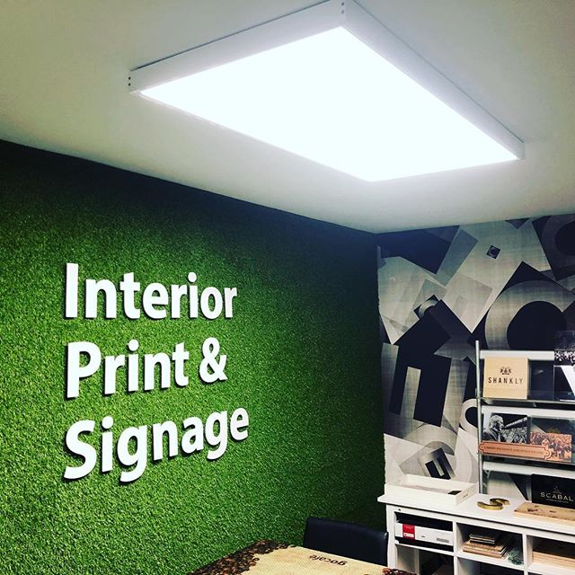 Our Cozy meeting room! Great projects need great planning, plus the grass wall is pretty cool! 💚 #print #signage #creative #interior #design #planning #meeting #thursday #retail #signs #liverpoolcity Liverpool