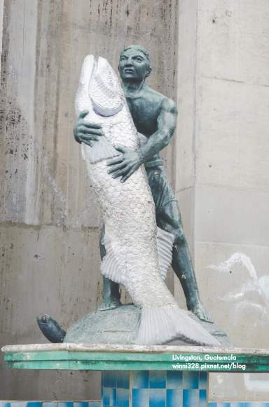 How Mermaids Are Made, Art in Rio Dulce