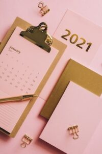 2021 planner with gold writing