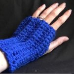 Easy Fingerless Gloves Video Tutorial from BobWilson123