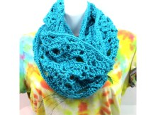 Free Crochet Pattern - Keep It Classy Scarf