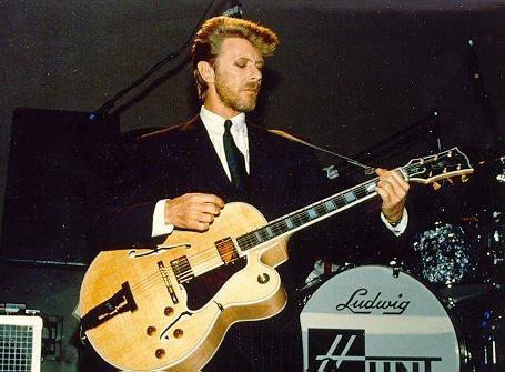 Bowie: Rock n' Roll Suicide?