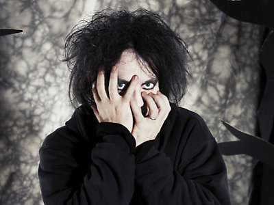 NEWS: Robert Smith to curate the 25th year of Southbank Centre's Meltdown