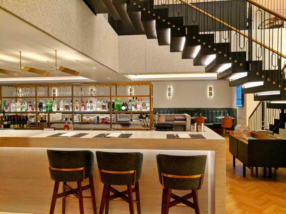 Qantas Terminal 3 LHR Lounge