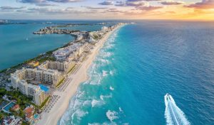 Cancun Hotels, Restaurants And Bars Now Require Vaccination Or Testing