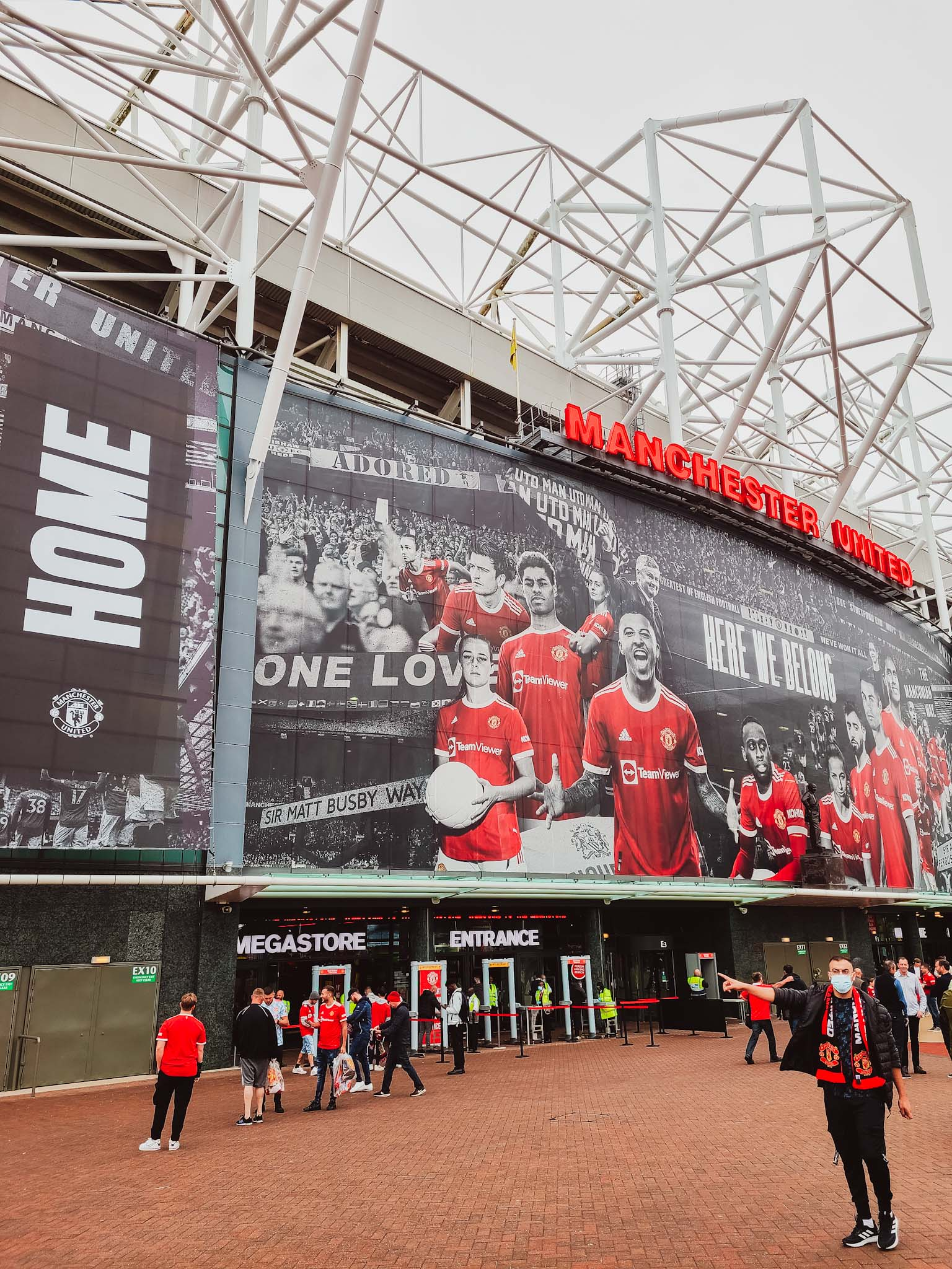 """Review: The Manchester United """"Suite"""" Experience With Marriott Bonvoy"""