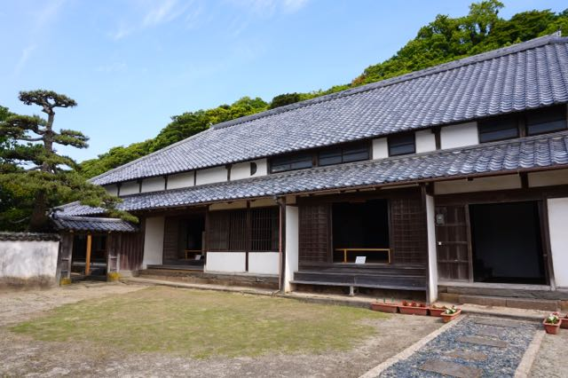 himeshima house