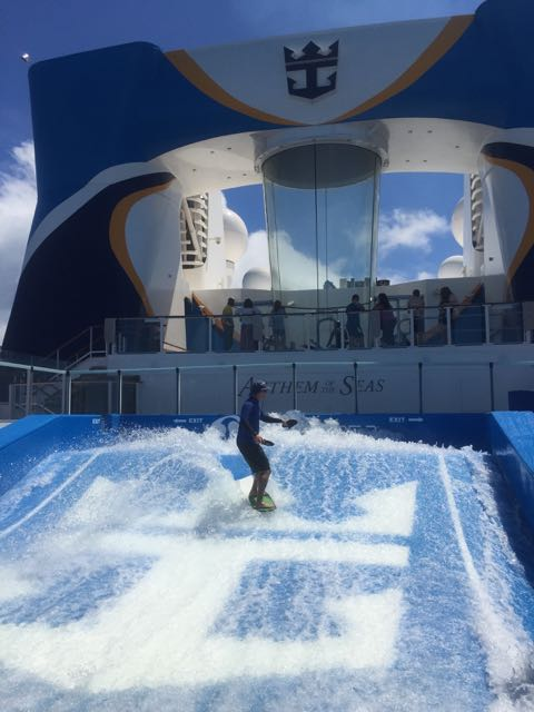 surfing on Anthem of the Seas